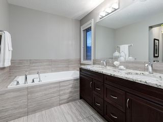 Photo 35: 86 ASCOT Crescent SW in Calgary: Aspen Woods Detached for sale : MLS®# A1128305