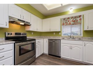 "Photo 8: 27 7525 MARTIN Place in Mission: Mission BC Townhouse for sale in ""Luther Place"" : MLS®# R2436829"