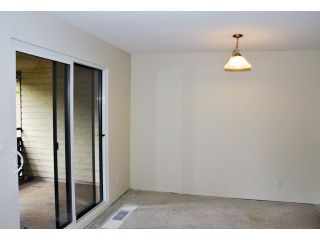 Photo 4: 14801 HOLLY PARK LN in Surrey: Guildford Home for sale ()  : MLS®# F1442517
