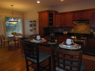 """Photo 8: 2039 KIRKSTONE Road in North Vancouver: Westlynn House for sale in """"WESTLYNN"""" : MLS®# R2025634"""