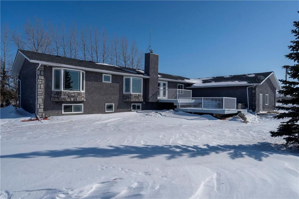 Main Photo: 49044 B MUN 22E Road in Ile Des Chenes: R07 Residential for sale : MLS®# 202003518