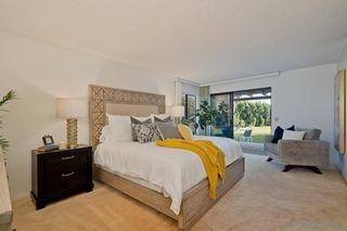 Photo 24: LA JOLLA House for sale : 4 bedrooms : 5901 Avenida Chamnez