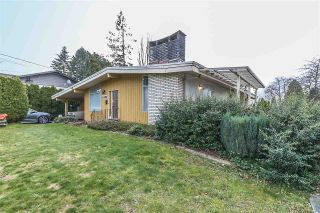 Photo 1: 2485 SUGARPINE Street in Abbotsford: Abbotsford West House for sale : MLS®# R2240209