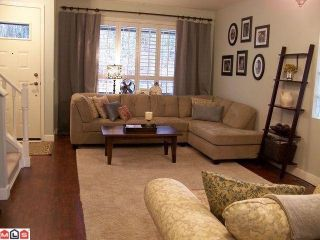 "Photo 2: 20625 86A Avenue in Langley: Walnut Grove House for sale in ""Discovery Town"" : MLS®# F1103087"