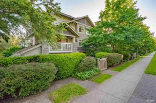 Photo 2: 17 7488 SOUTHWYNDE Avenue in Burnaby: South Slope Townhouse for sale (Burnaby South)  : MLS®# R2590901
