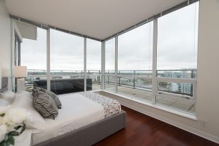 "Photo 15: 1701 7555 ALDERBRIDGE Way in Richmond: Brighouse Condo for sale in ""OCEAN WALK"" : MLS®# R2116269"