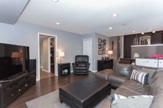 Photo 9: 6255 180A Street in Surrey: Cloverdale BC House for sale (Cloverdale)  : MLS®# R2051159