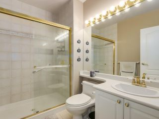 """Photo 15: 432 5735 HAMPTON Place in Vancouver: University VW Condo for sale in """"The Bristol"""" (Vancouver West)  : MLS®# R2541158"""