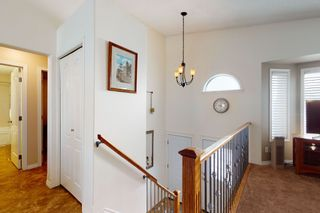 Photo 3: 16112 83 St: Edmonton House for sale