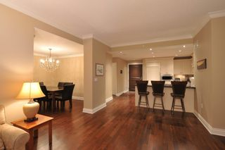 Photo 7: 302 15445 VINE AVENUE in South Surrey White Rock: White Rock Home for sale ()  : MLS®# R2222746