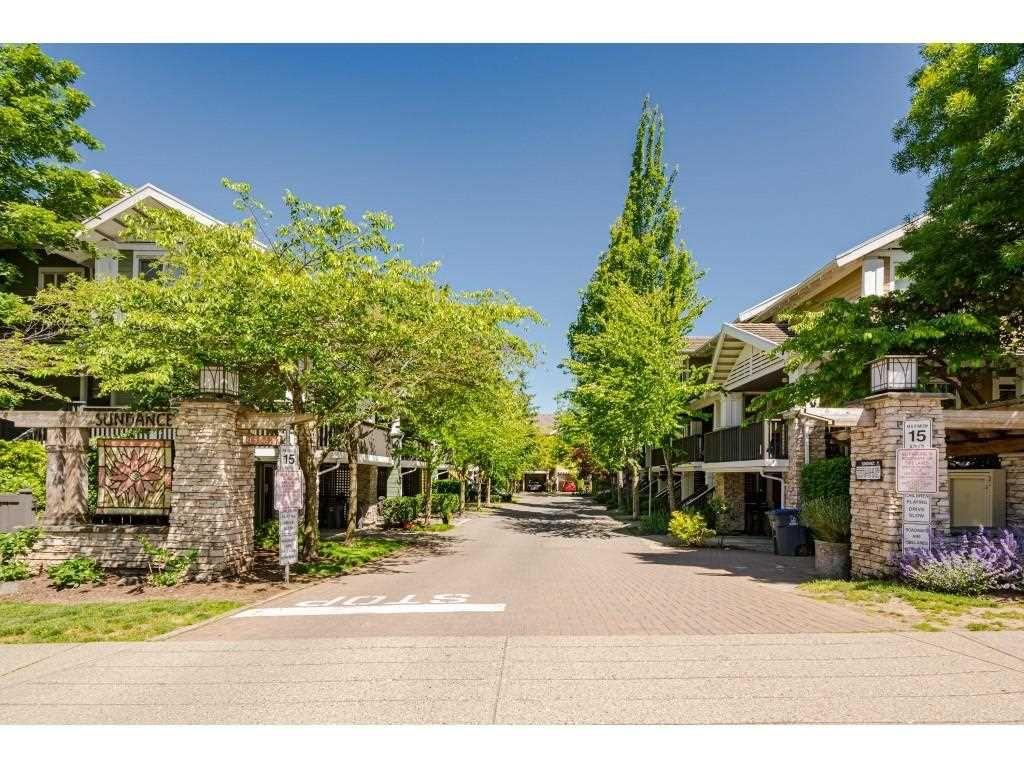 "Main Photo: 62 15233 34 Avenue in Surrey: Morgan Creek Townhouse for sale in ""Sundance"" (South Surrey White Rock)  : MLS®# R2588668"