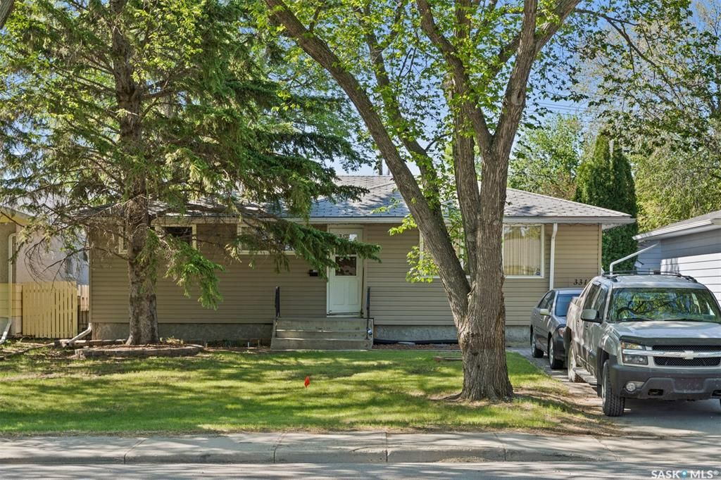 Main Photo: 3315 PARLIAMENT Avenue in Regina: Parliament Place Residential for sale : MLS®# SK858530