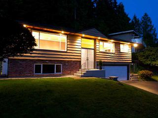 Photo 1: 658 Alpine Ct in North Vancouver: Canyon Heights NV House for sale : MLS®# V1044054