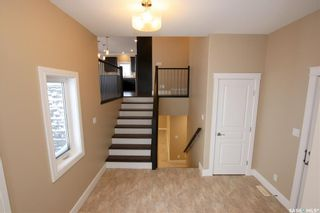 Photo 3: 825 Hamilton Drive in Swift Current: Highland Residential for sale : MLS®# SK834024