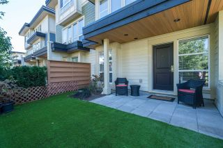 Photo 2: 74 19477 72A Avenue in Surrey: Clayton Townhouse for sale (Cloverdale)  : MLS®# R2199484