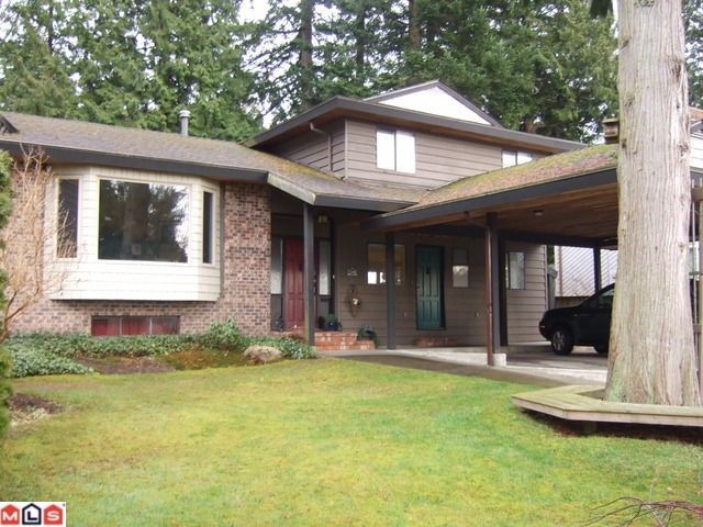 "Main Photo: 1932 127TH Street in Surrey: Crescent Bch Ocean Pk. House for sale in ""OCEAN PARK"" (South Surrey White Rock)  : MLS®# F1106623"