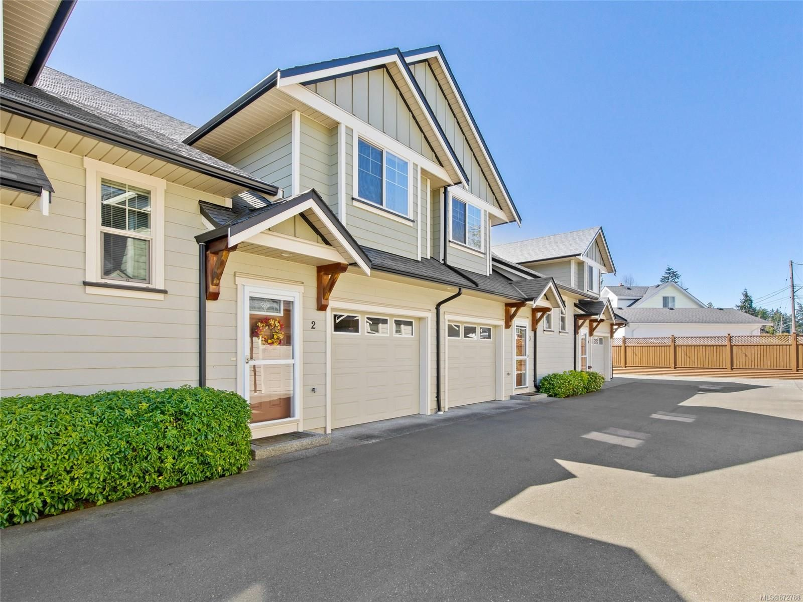 Main Photo: 2 341 BLOWER Rd in : PQ Parksville Row/Townhouse for sale (Parksville/Qualicum)  : MLS®# 872788