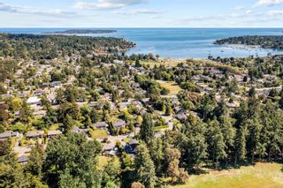 Photo 3: 3906 Rowley Rd in : SE Cadboro Bay House for sale (Saanich East)  : MLS®# 876104
