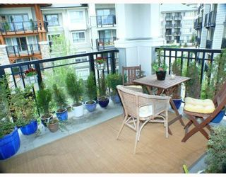 """Photo 4: 501 2966 SILVER SPRINGS Boulevard in Coquitlam: Westwood Plateau Condo for sale in """"SILVER SPRINGS"""" : MLS®# V765071"""