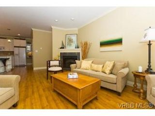 Photo 12: 2105 Bishops Gate in VICTORIA: La Bear Mountain House for sale (Langford)  : MLS®# 487689