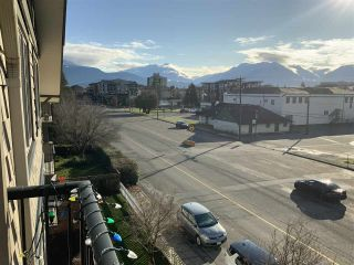 """Photo 12: 308 45535 SPADINA Avenue in Chilliwack: Chilliwack W Young-Well Condo for sale in """"SPADINA PLACE"""" : MLS®# R2425559"""