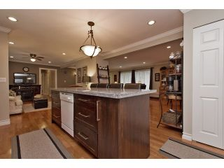 Photo 10: 2377 BEVAN Crescent in Abbotsford: Abbotsford West House for sale : MLS®# F1438355