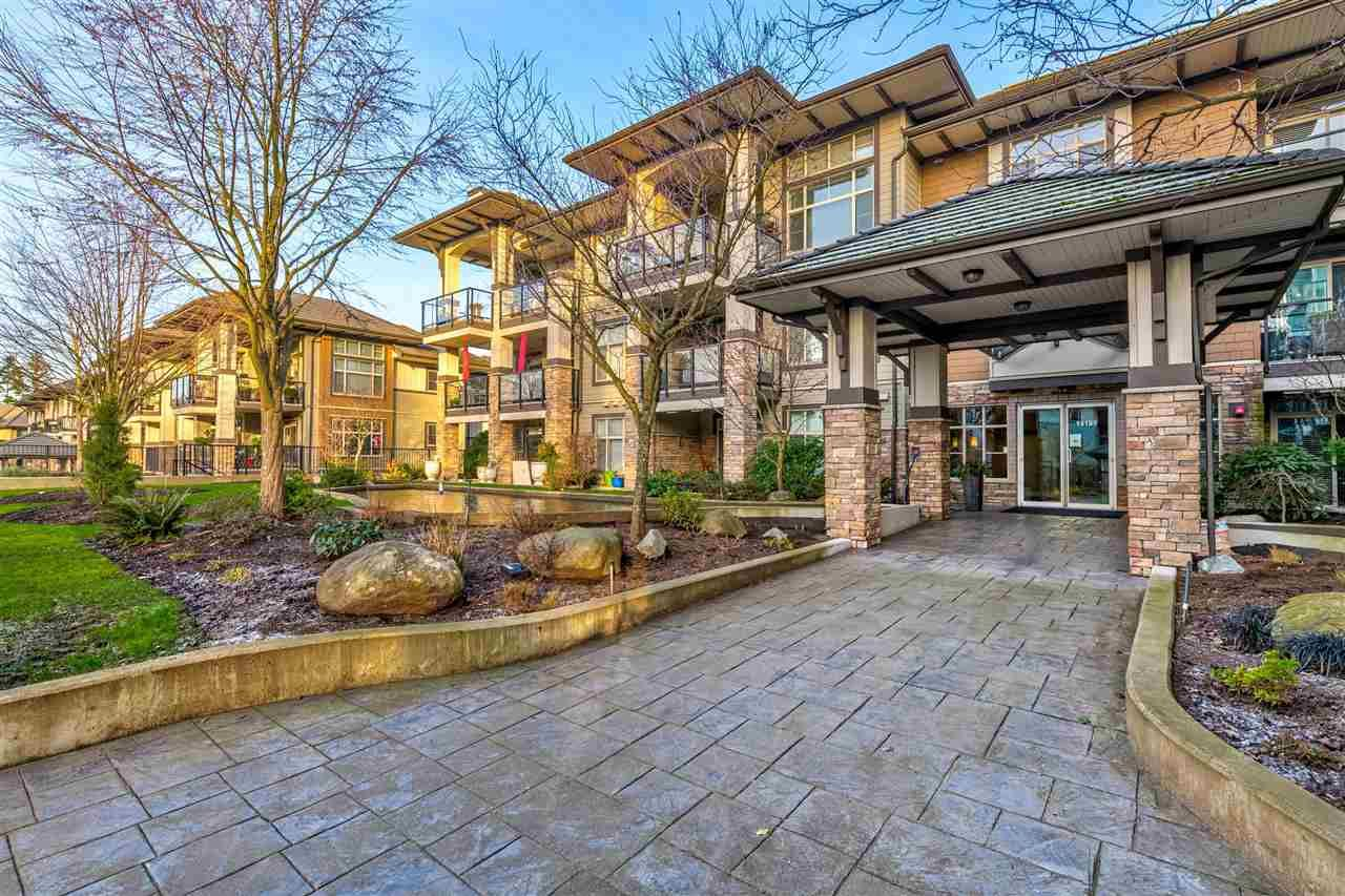 Main Photo: 114 15195 36 Avenue in Surrey: Morgan Creek Condo for sale (South Surrey White Rock)  : MLS®# R2533027