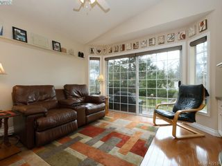 Photo 6: 1 901 Kentwood Lane in VICTORIA: SE Broadmead Row/Townhouse for sale (Saanich East)  : MLS®# 835547