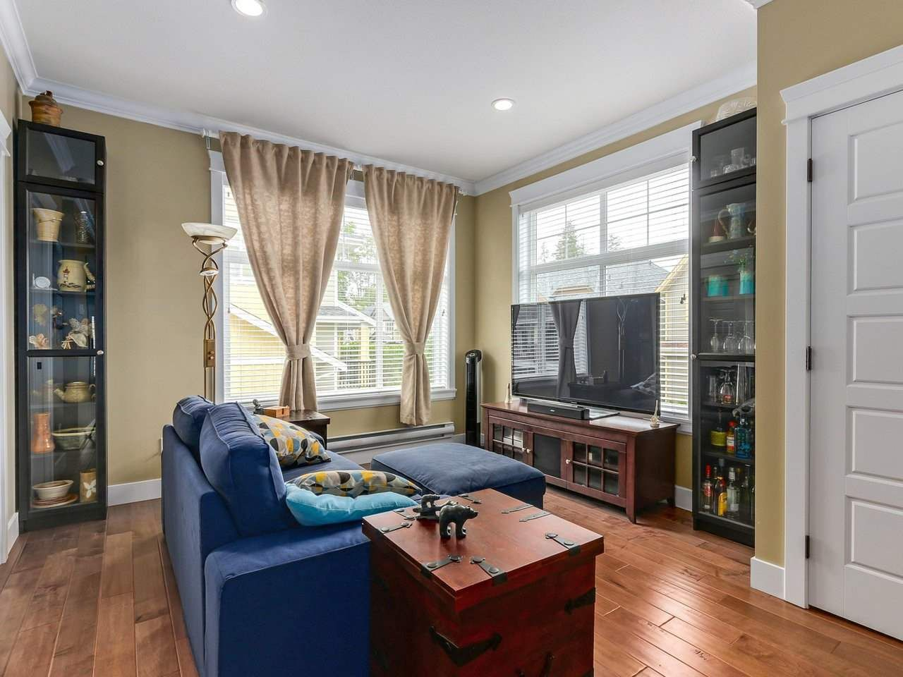 """Photo 8: Photos: 31 17171 2B Avenue in Surrey: Pacific Douglas Townhouse for sale in """"AUGUSTA TOWNHOUSES"""" (South Surrey White Rock)  : MLS®# R2280398"""