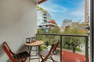 """Photo 7: 506 251 E 7TH Avenue in Vancouver: Mount Pleasant VE Condo for sale in """"District South Main"""" (Vancouver East)  : MLS®# R2625521"""