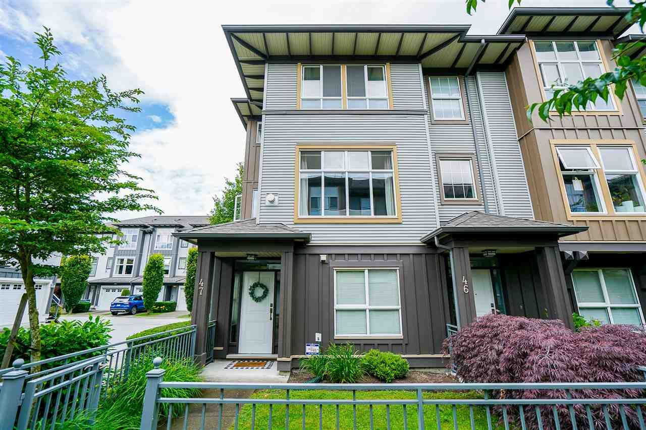 Main Photo: 47 18777 68A AVENUE in : Cloverdale BC Townhouse for sale : MLS®# R2468208