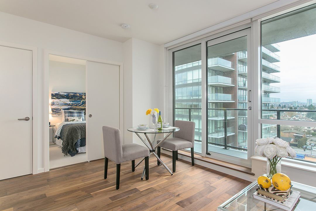 """Photo 5: Photos: 1106 8588 CORNISH Street in Vancouver: S.W. Marine Condo for sale in """"Granville at 70th"""" (Vancouver West)  : MLS®# R2028508"""
