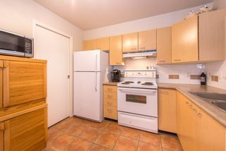 """Photo 8: 206 8495 JELLICOE Street in Vancouver: Fraserview VE Condo for sale in """"RIVERGATE"""" (Vancouver East)  : MLS®# R2072919"""