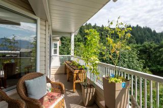 """Photo 3: 403 46966 YALE Road in Chilliwack: Chilliwack E Young-Yale Condo for sale in """"MOUNTAIN VIEW ESTATES"""" : MLS®# R2486948"""