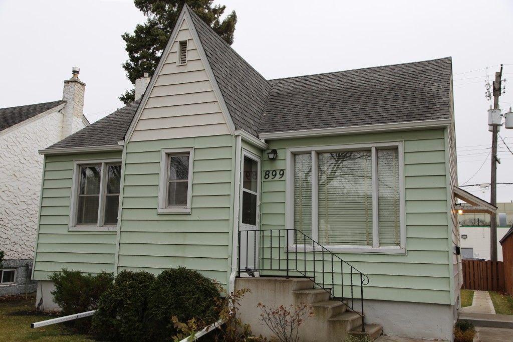 Photo 3: Photos: 899 Clifton Street in Winnipeg: West End Single Family Detached for sale (West Winnipeg)  : MLS®# 1529435