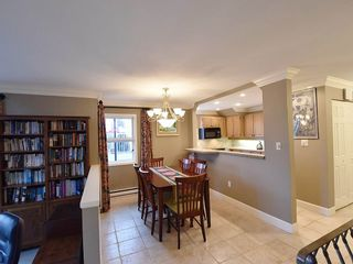 """Photo 9: 13 1620 BALSAM Street in Vancouver: Kitsilano Townhouse for sale in """"OLD KITS TOWNHOMES"""" (Vancouver West)  : MLS®# R2012310"""