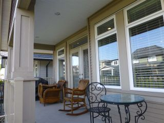 Photo 17: 15487 THRIFT Avenue: White Rock House for sale (South Surrey White Rock)  : MLS®# R2011959