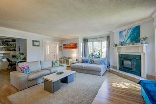 Photo 5: 21 Malibou Road SW in Calgary: Meadowlark Park Detached for sale : MLS®# A1121148