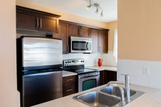 """Photo 7: 319 46289 YALE Road in Chilliwack: Chilliwack E Young-Yale Condo for sale in """"NEWMARK"""" : MLS®# R2507813"""