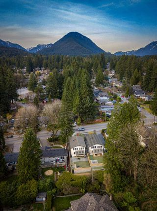 """Photo 5: 1725 PETERS Road in North Vancouver: Lynn Valley House for sale in """"The Hemlocks"""" : MLS®# R2570432"""