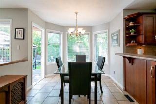 Photo 7: 8678 141 STREET in Surrey: Bear Creek Green Timbers House for sale : MLS®# R2387042