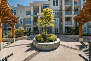 Photo 2: 416 15436 31 Avenue in Surrey: Grandview Surrey Condo for sale (South Surrey White Rock)  : MLS®# R2592951