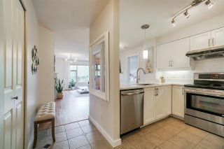 """Photo 3: 304 625 PARK Crescent in New Westminster: GlenBrooke North Condo for sale in """"Westhaven"""" : MLS®# R2572421"""