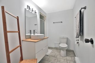 Photo 17: 7 3122 Lakeshore Road West in Oakville: Condo for sale : MLS®# 30762793
