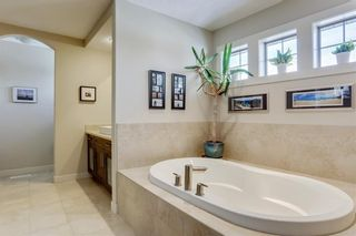 Photo 32: 40 JOHNSON Place SW in Calgary: Garrison Green Detached for sale : MLS®# C4287623