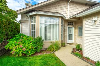 """Main Photo: 148 9012 WALNUT GROVE Drive in Langley: Walnut Grove Townhouse for sale in """"QUEEN ANNE GREEN"""" : MLS®# R2624540"""