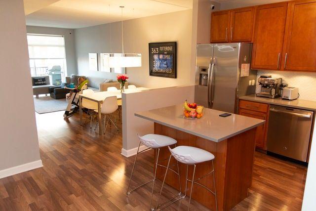 Photo 7: Photos: 656 Pearson Street Unit 503: Des Plaines Condo, Co-op, Townhome for sale ()  : MLS®# MRD10026997
