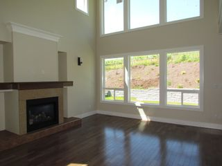 Photo 5: 2337 CHARDONNAY LANE in ABBOTSFORD: House for rent