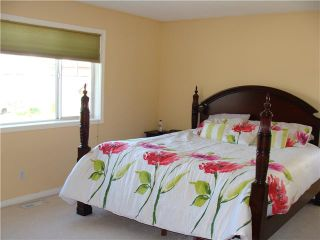Photo 10: 7 MARTHA'S HAVEN Heath NE in CALGARY: Martindale Residential Detached Single Family for sale (Calgary)  : MLS®# C3619435