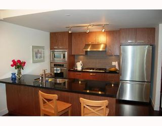 """Photo 2: 429 3228 TUPPER Street in Vancouver: Cambie Condo for sale in """"THE OLIVE"""" (Vancouver West)  : MLS®# V658201"""